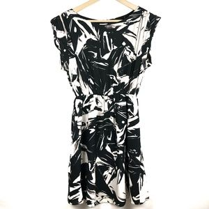 Alice + Olivia Dress Large Silk Black Grey Print